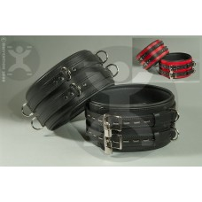 Classic DeLuxe 4 Inch Thigh Restraints
